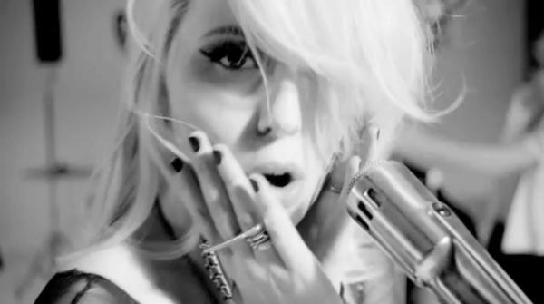 amanda jenssen dry my soul musikvideo