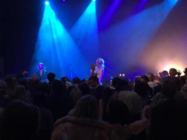 amanda på scenen